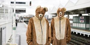 The 2 Bears - Bear Hugs Video