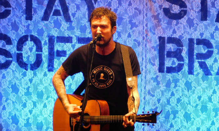 Frank Turner, Micah Schnabel, Jess Guise - Leas Cliff Hall 03.03.2020 Live Review