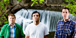 Future Islands - Before the Bridge Video