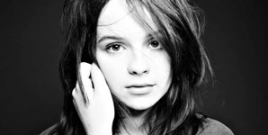 Gabrielle Aplin - Home Video
