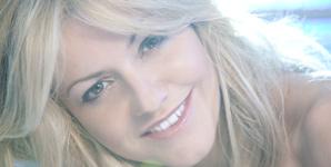 Jo Birchall - Wonderful Video