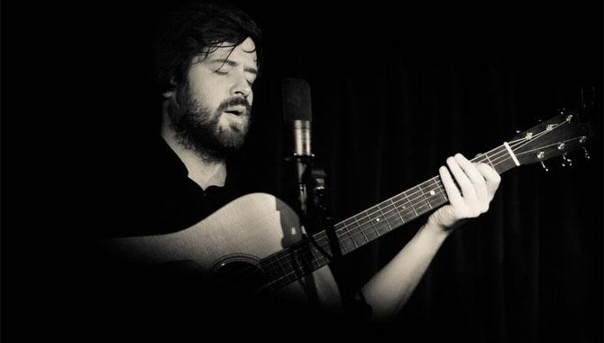 Kris Drever Victoria Hall, Radstock 10.03.17 Live Review
