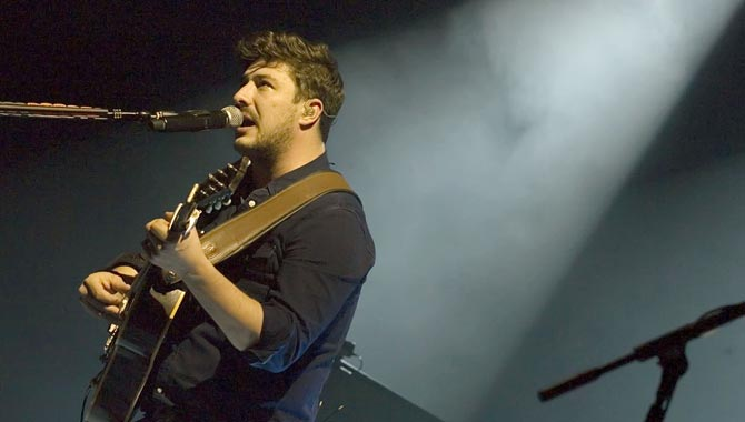Mumford & Sons - 02 Arena 10th December 2015 Live Review