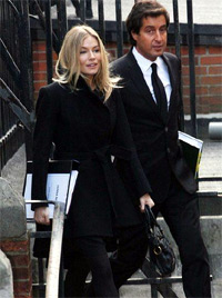 Sienna Miller. arrives to give evidence at The Leveson Inquiry at The Royal Courts of Justice on November 24, 2011 in London