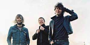 The Fratellis - Creepin Up The Backstairs Single Review