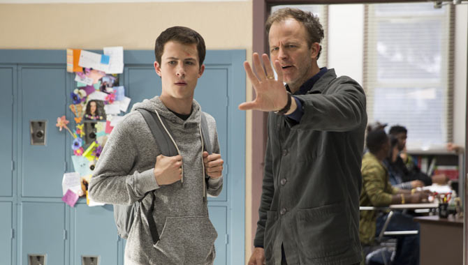 Dylan Minnette behind-the-scenes on '13 Reasons Why' with Tom McCarthy