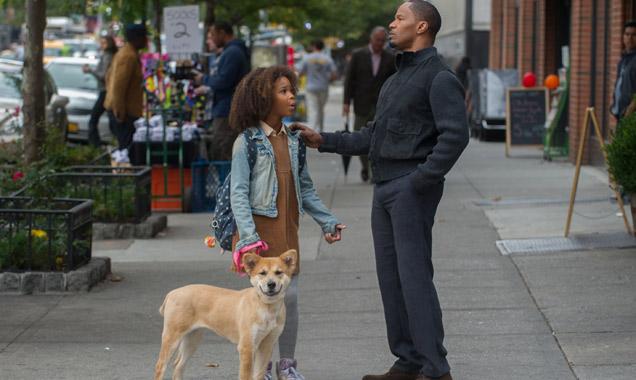Quvenzhane Wallis and Jamie Foxx star in 'Annie'