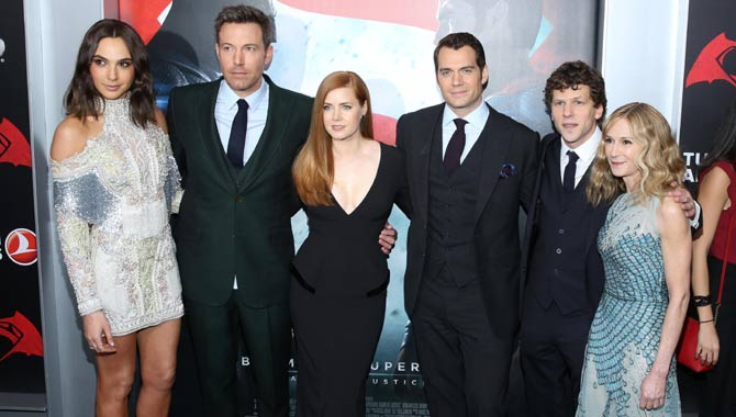 Gal Godot, Ben Affleck, Amy Adams, Henry Cavill, Jesse Eisenberg and Holly Hunter