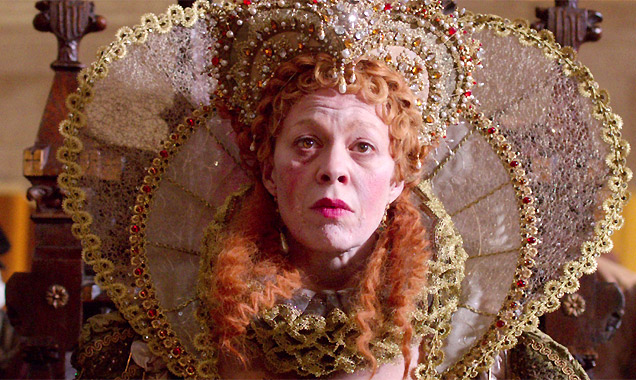 Helen McCrory as Queen Elizabeth 1st in 'Bill'
