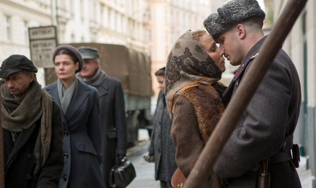 Noomi Rapace and Tom Hardy in 'Child 44'
