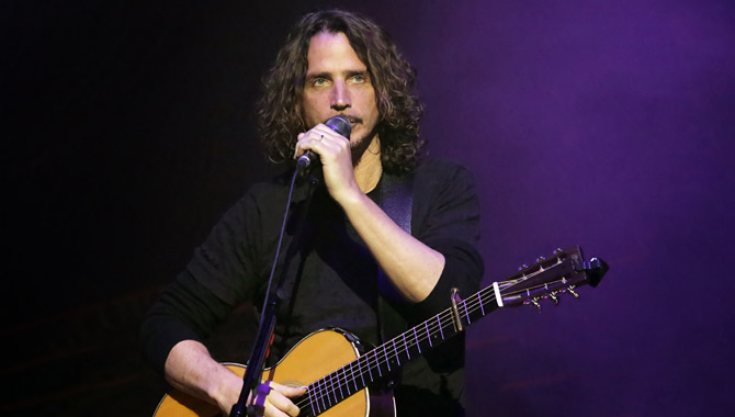 Chris Cornell performing in Manchester in 2016