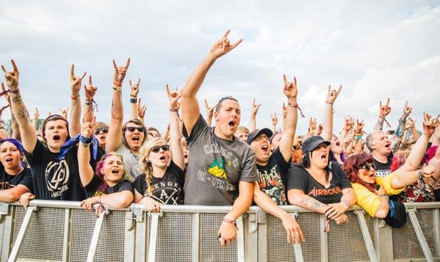 Download 2014 Atmosphere Crowd CR: Gobinder Jhitta