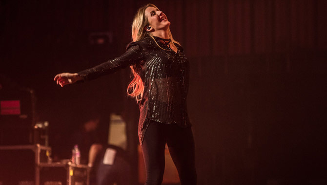 Ellie Goulding Performs Sold-Out Charity Gig At The Royal Albert Hall