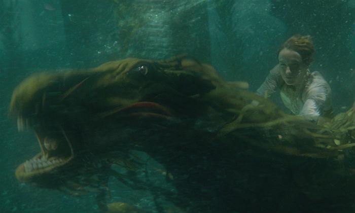 Newt Scamander rides a water beast