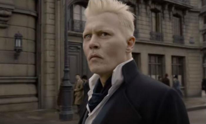 Gellert Grindelwald (Johnny Depp)