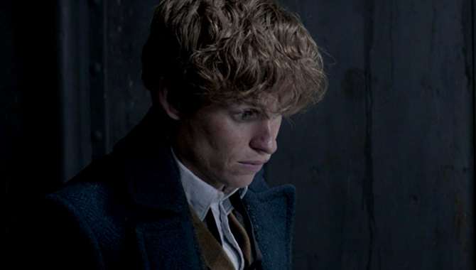 Newt Scamander Accused Of Working With Grindelwald In New 'Fantastic Beasts' Clip