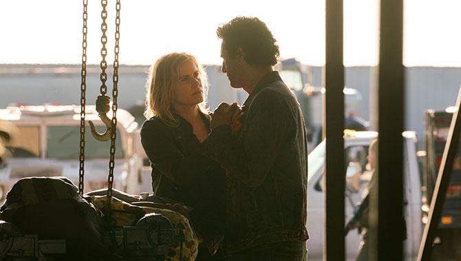 Kim Dickens stars alongside Cliff Curtis in 'Fear The Walking Dead'
