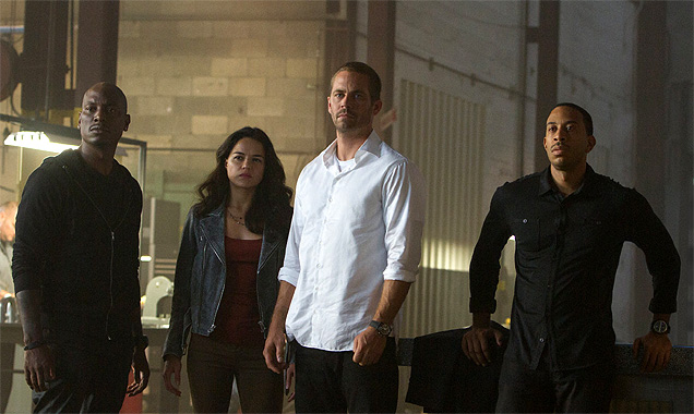 Paul Walker and the team of 'Furious 7'