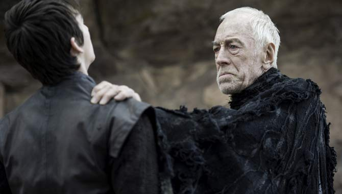 Isaac Hempstead Wright and Max von Sydow in Game of Thrones
