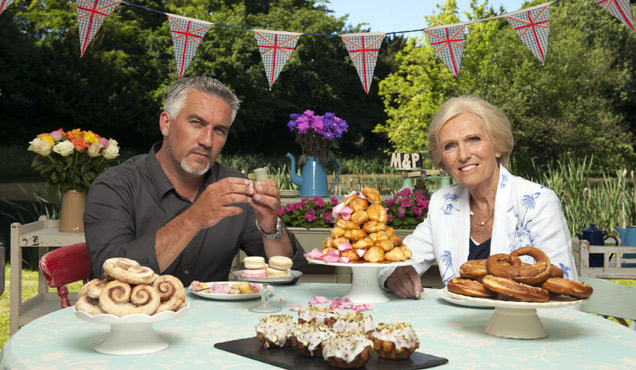 'Bake Off' Bombshell: Mary Berry And Paul Hollywood Do Not Make Those Technical Cakes