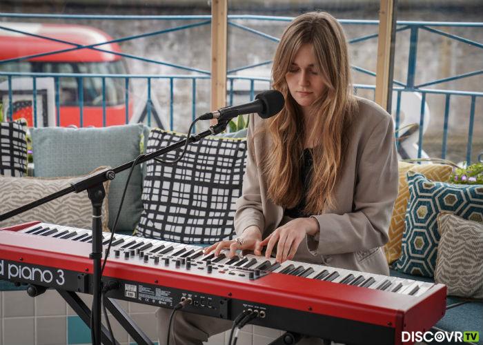 Helena Deans / Photo Credit: Marie De La Montagne/DiscovrTV