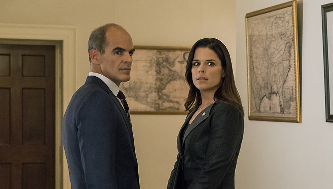 Michael Kelly and Neve Campbell also return