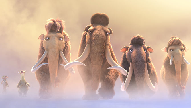 Ray Romano, Queen Latifah and John Leguizamo Reunite The 'Ice Age' Team