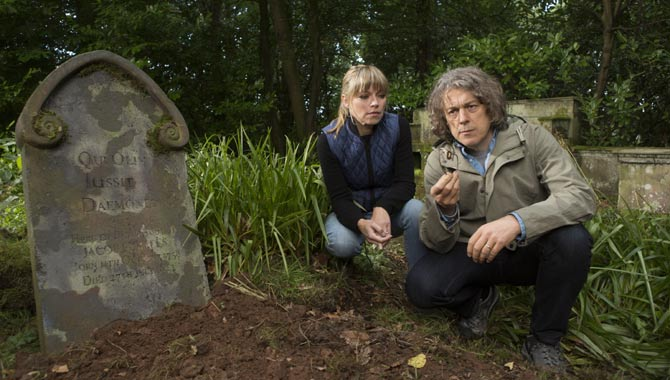Jonathan Creek Returns To Its Murder Mystery Roots With 'Daemons' Roost'