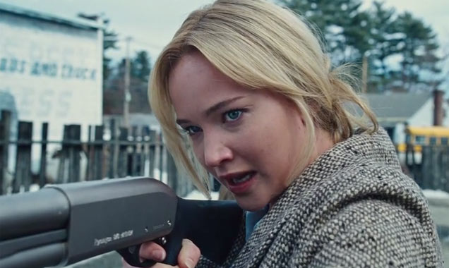 Jennifer Lawrence Talks Working With Her 'Theatrical Father' Robert De Niro In 'Joy'