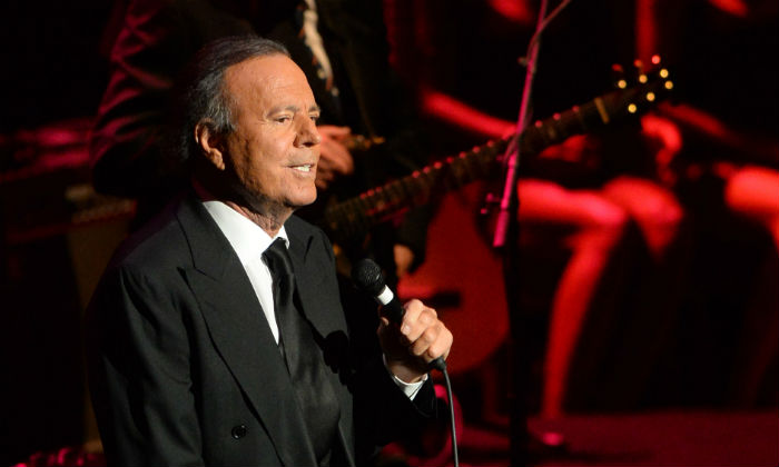 Julio Iglesias at the Royal Albert Hall in 2014