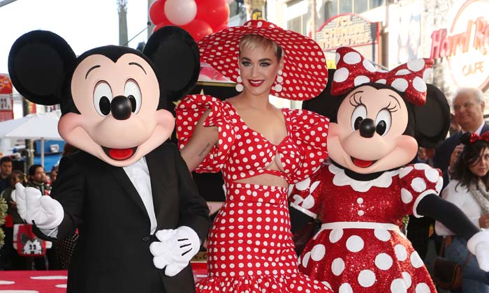 Katy Perry with Mickey Mouse and Minnie Mouse at the latter's Walk of Fame ceremony