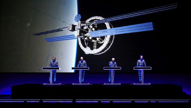 Kraftwerk brings their 3-D live show to your television