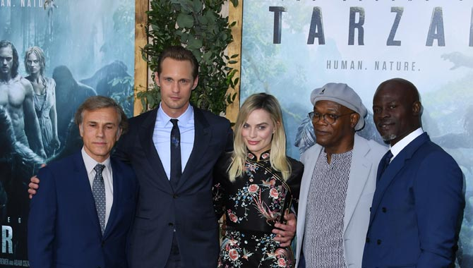 Skargard and his lead cast co-stars