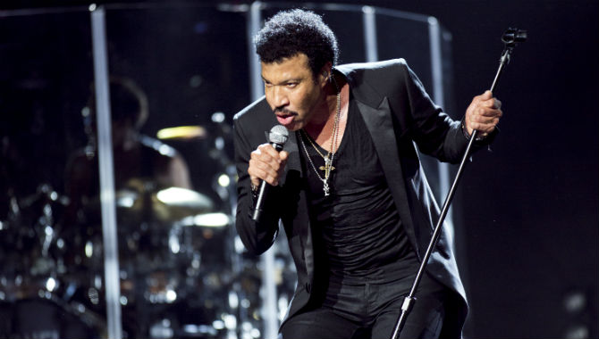 The UK Will Be Dancing On The Ceiling All Night Long With Lionel Richie