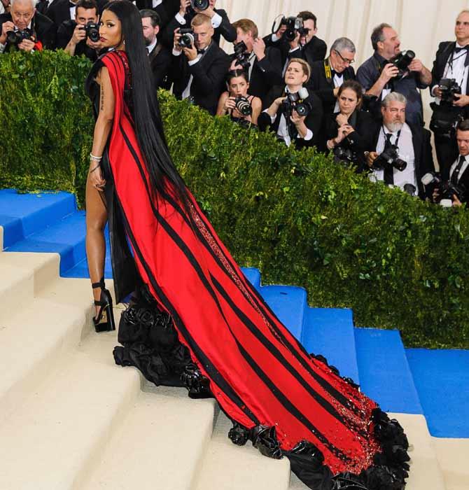 Nicki Minaj wore a H&M custom gown at the 2017 Met Gala