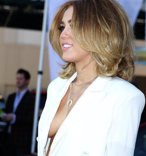 Miley Cyrus at 2012 Billboard Music Awards