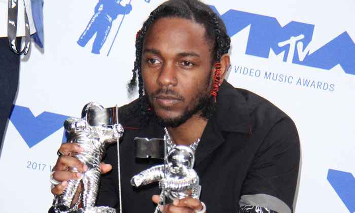 Kendrick Lamar wins big at the 2017 MTV VMAs