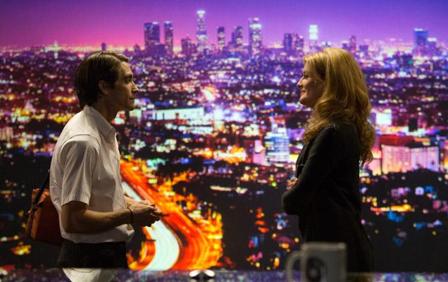 Jake Gyllenhaal and Rene Russo in 'Nightcrawler'