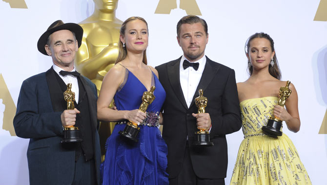 Leonardo DiCaprio Finally Gets His Oscar! But 'Mad Max' Was The Big Winner At The 2016 Academy Awards