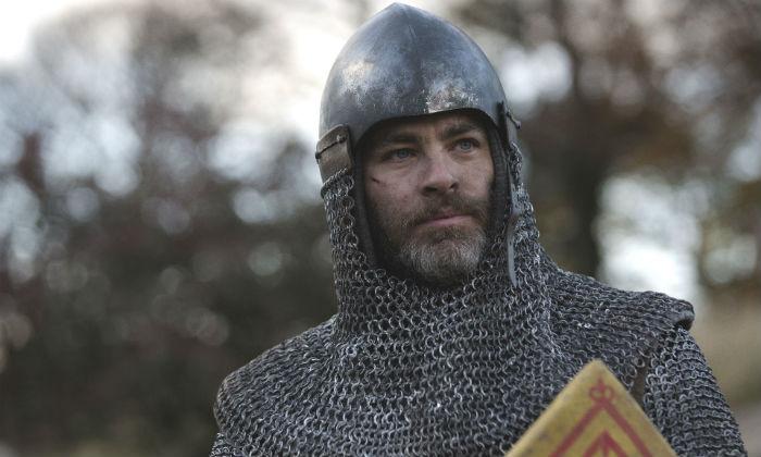 Chris Pine plays Robert the Bruce