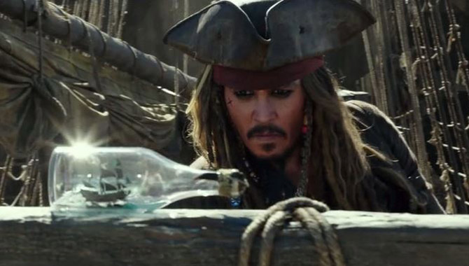 That Moment When Johnny Depp Shows Up At The 'Pirates Of The Caribbean' Ride At Disneyland