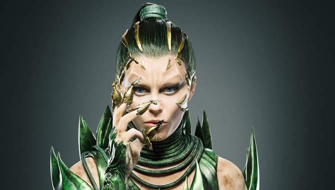 Elizabeth Banks plays Rita Repulsa in 'Power Rangers'