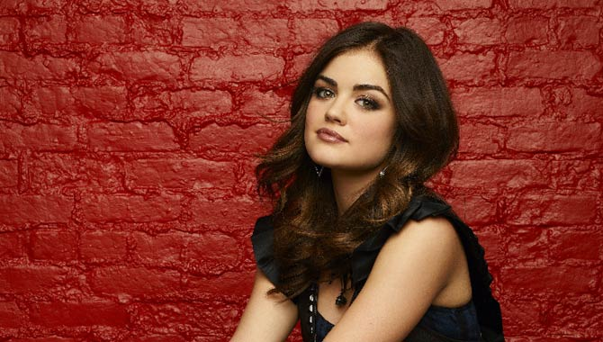 Lucy Hale will reprise her role as Aria in 'Pretty Little Liars'