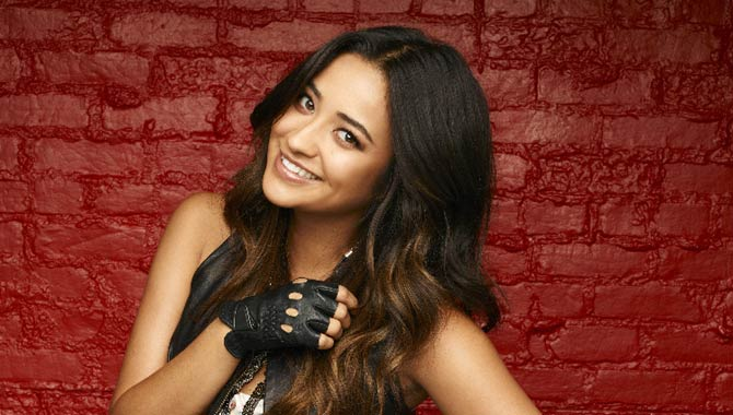 Shay Mitchell as Emily in 'Pretty Little Liars'