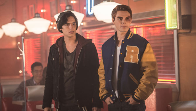 Cole Sprouse and KJ Apa star in 'Riverdale' as Jughead and Archie respectively