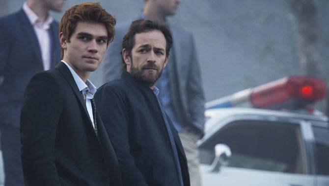 K.J. Apa and Luke Perry star in 'Riverdale'