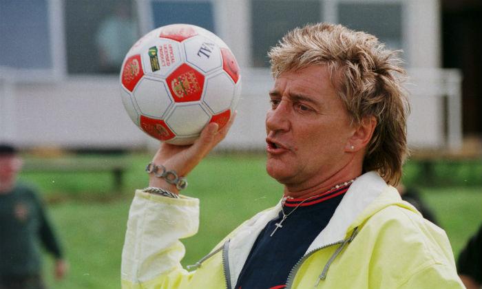 Rod Stewart plays football in 1998