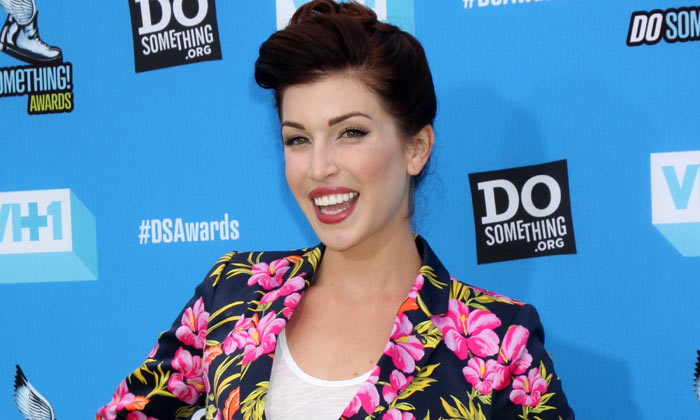 Stevie Ryan at the 2013 Do Something Awards