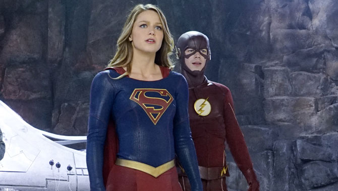 Melissa Benoist as Supergirl with Grant Gustin as The Flash
