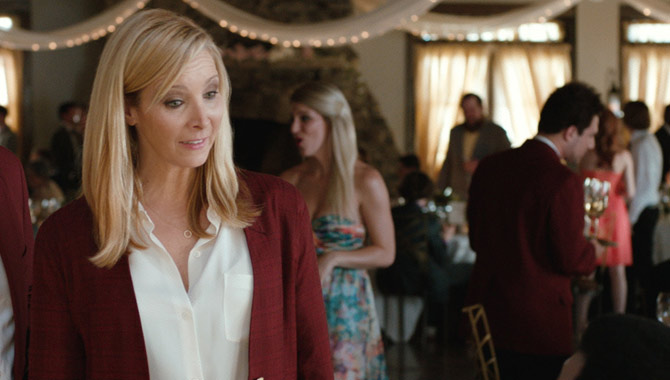 Lisa Kudrow plays Bina Kepp in 'Table 19'